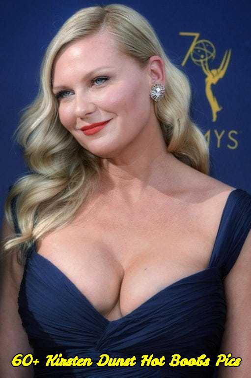 Kirsten Dunst hot boobs pics