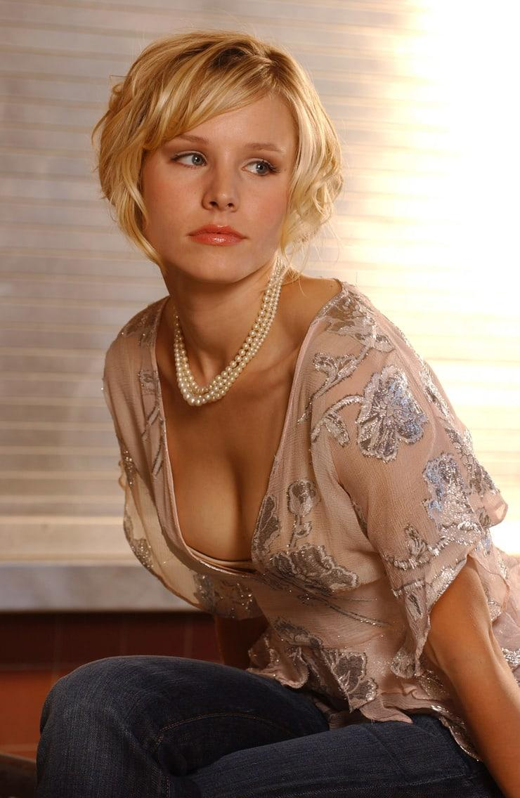 61 Sexy Kristen Bell Boobs Pictures That Will Make Your