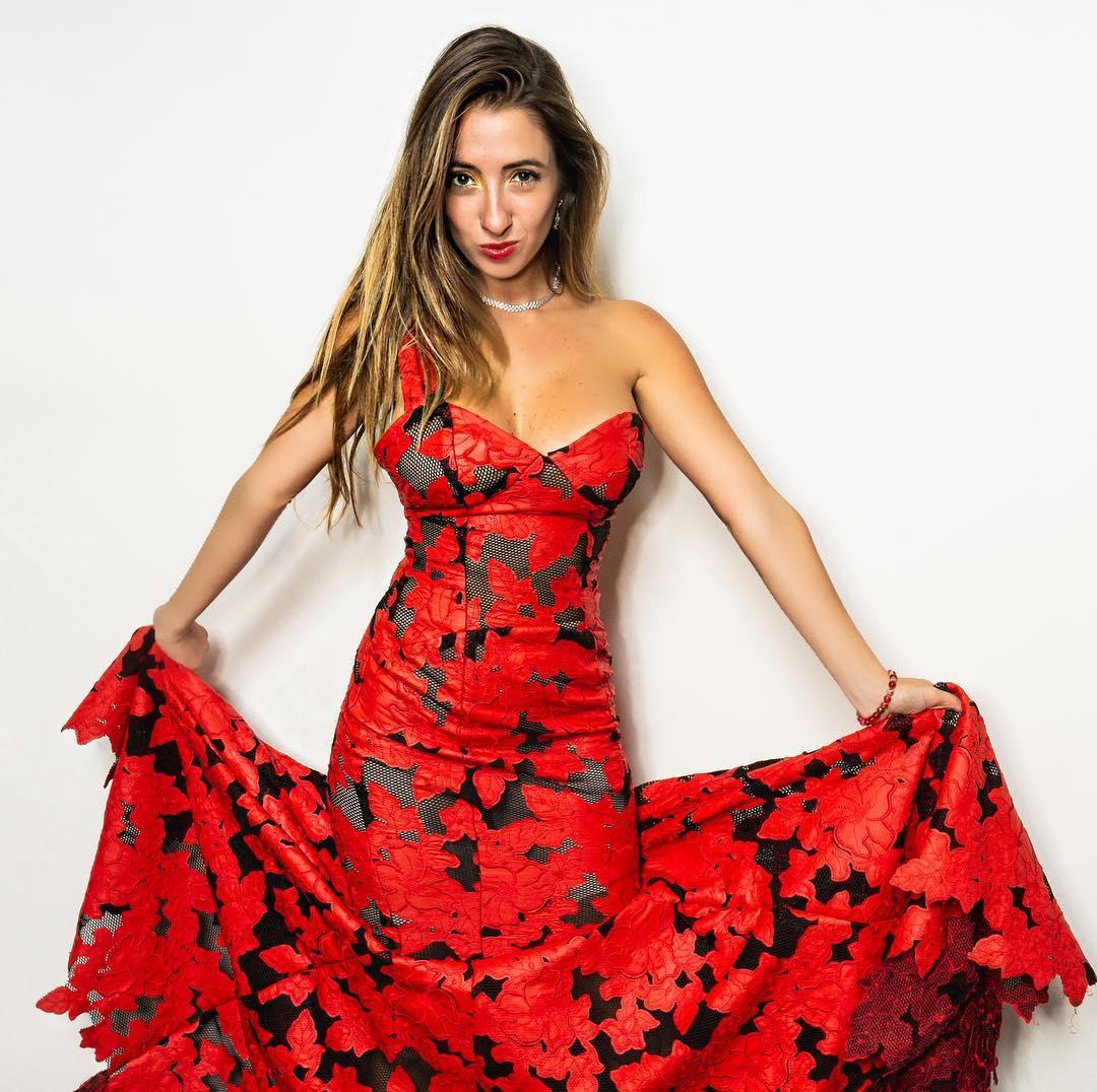 Lauren Francesca sexy dress pics