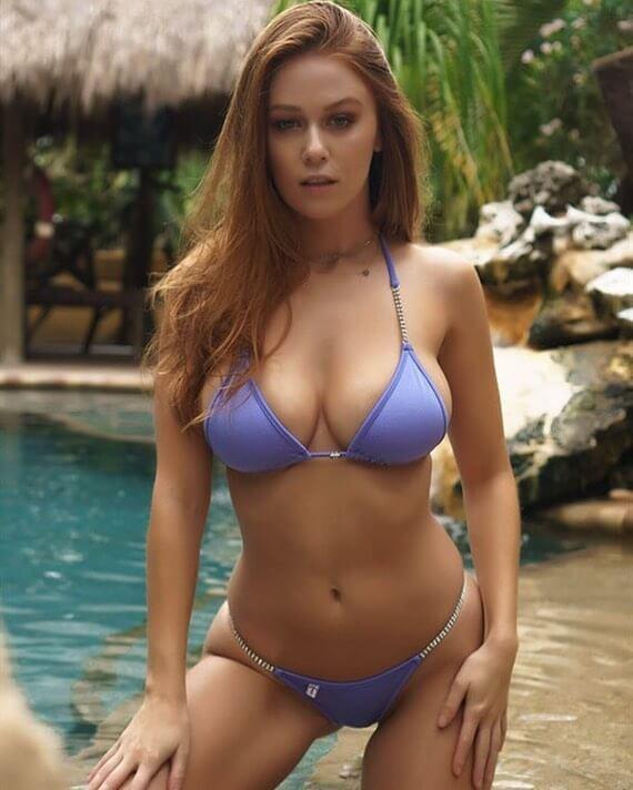 Leanna Decker sexy bikini pic