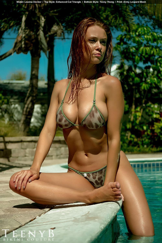 Leanna Decker sexy tits pic