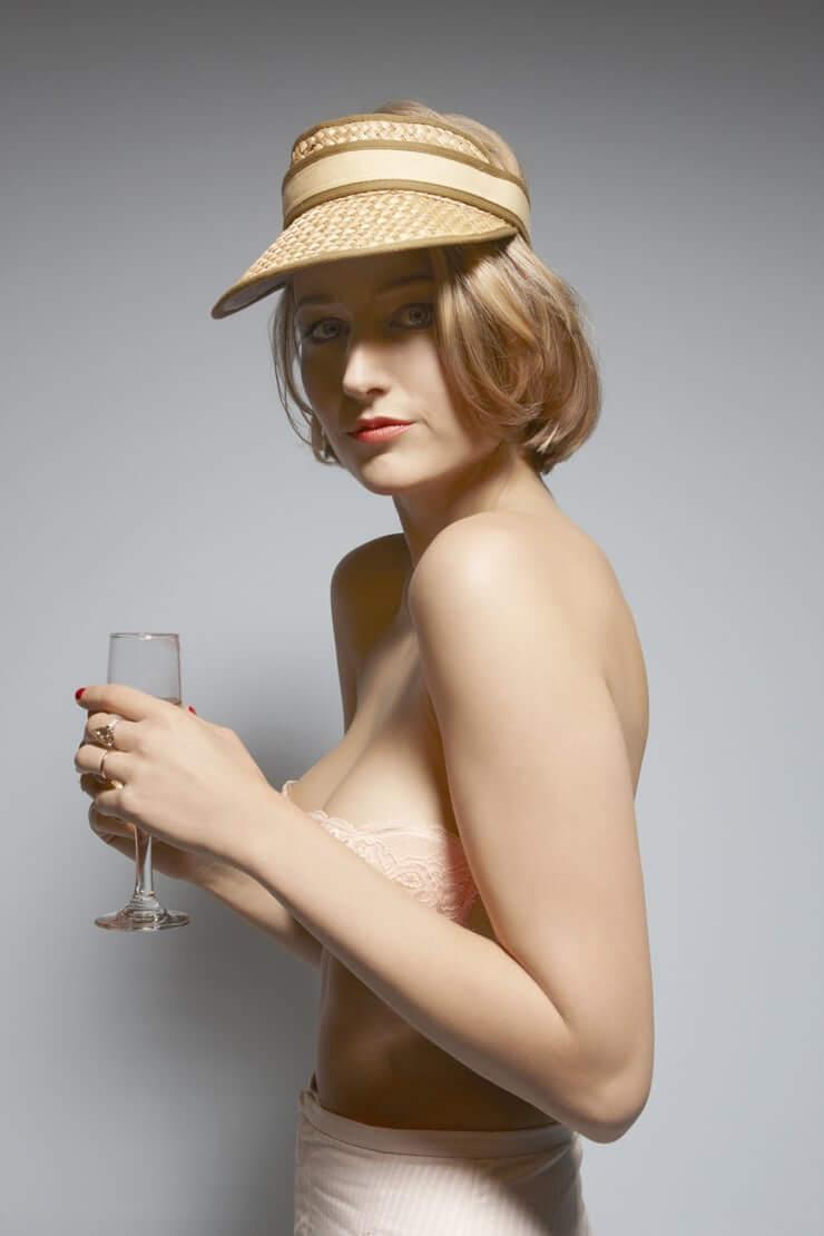 Leelee Sobieski near nude pics