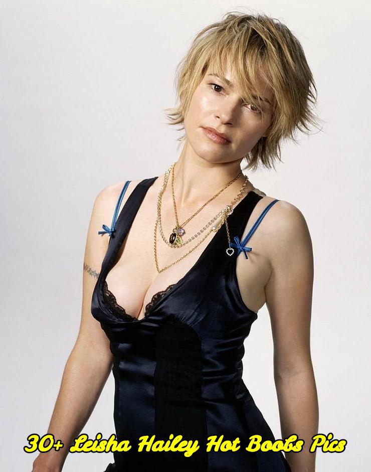 Leisha Hailey hot boobs pics