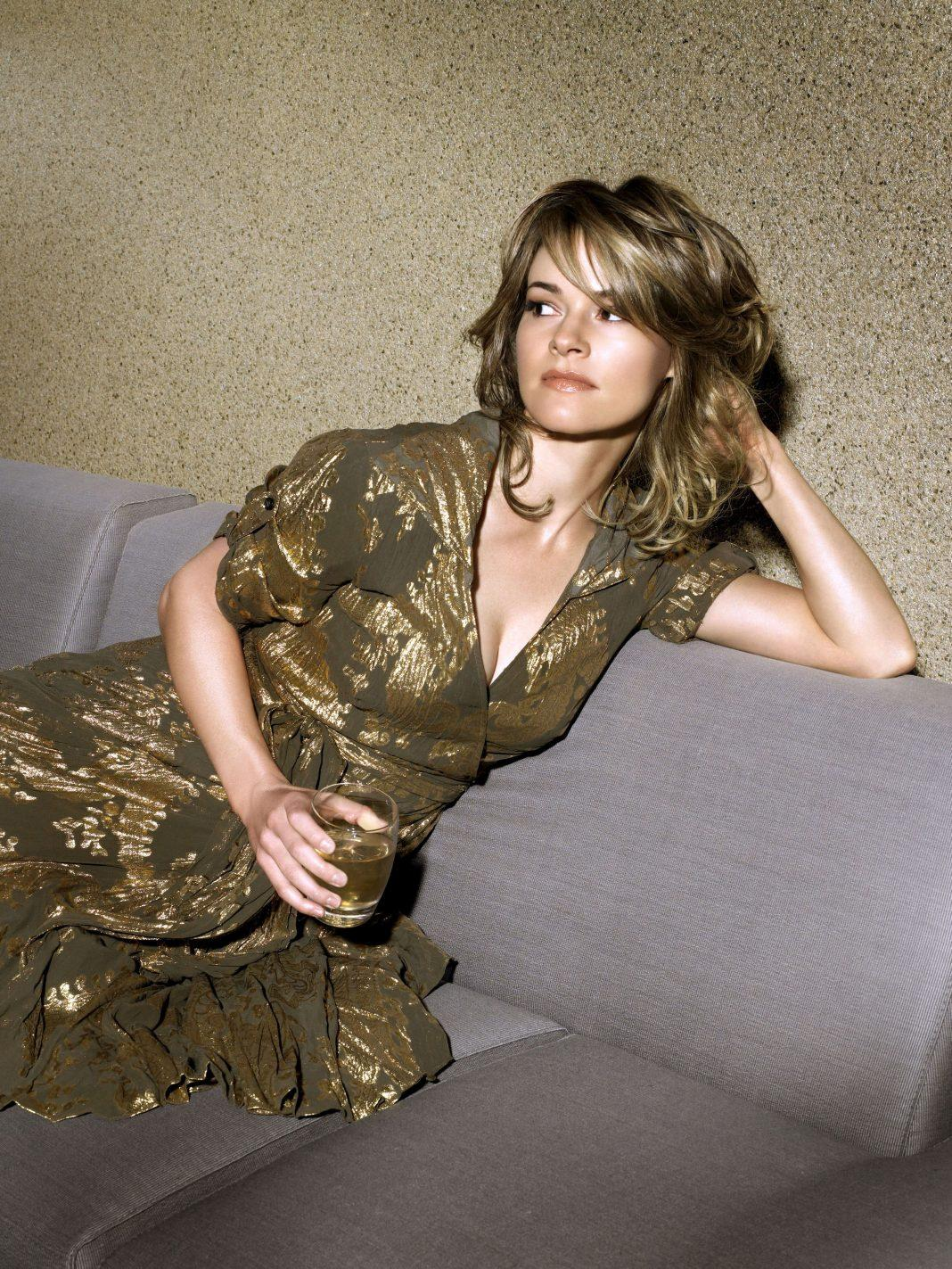 Leisha Hailey hot pictures