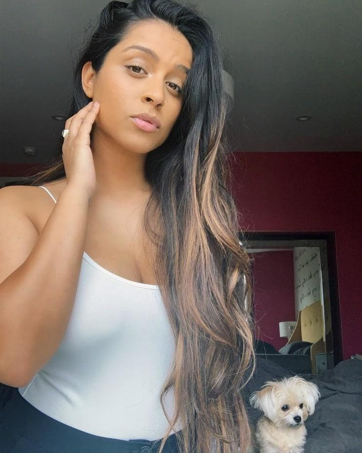 Lilly Singh hot look