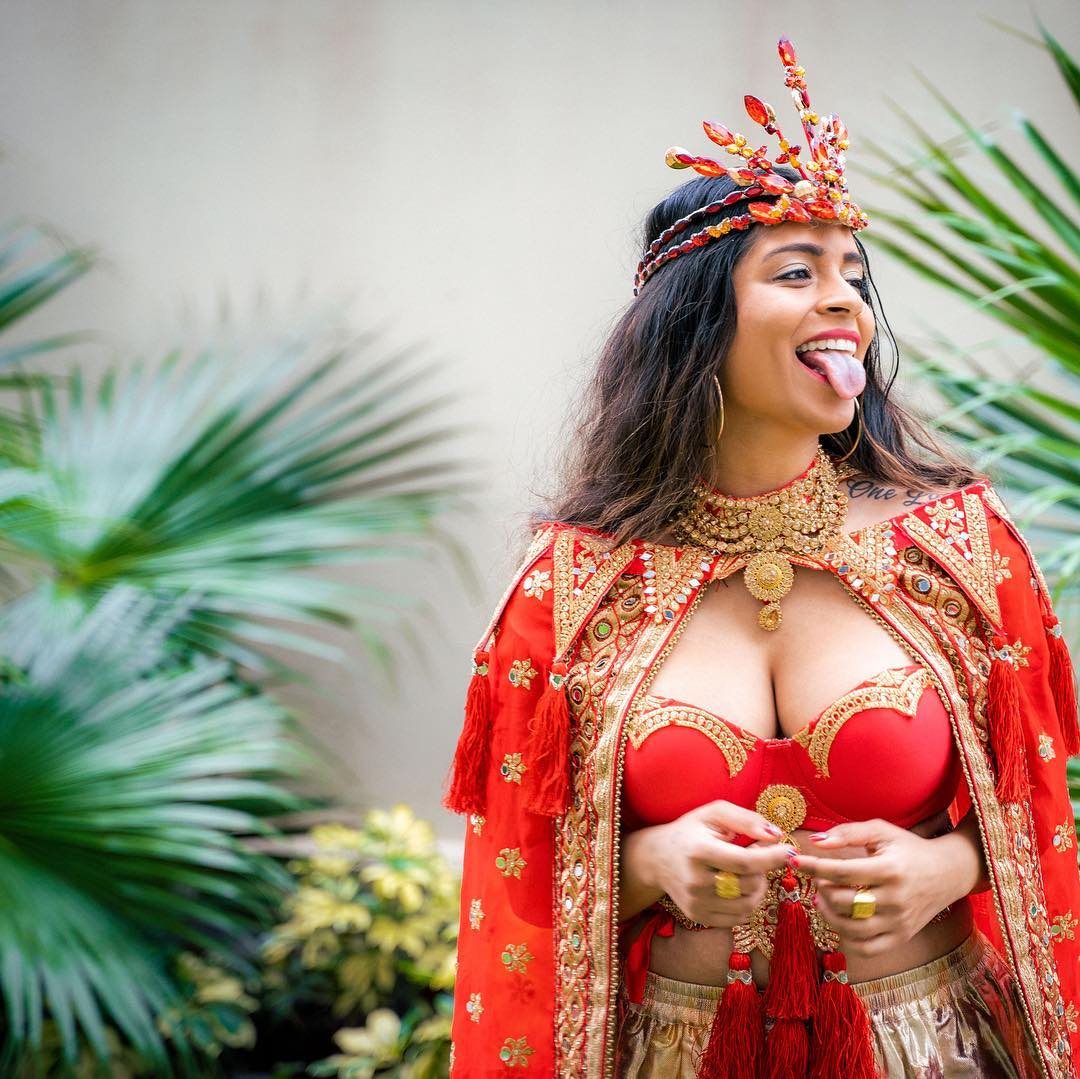 Lilly Singh sexy pic