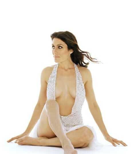 Lisa Edelstein sexy look pics