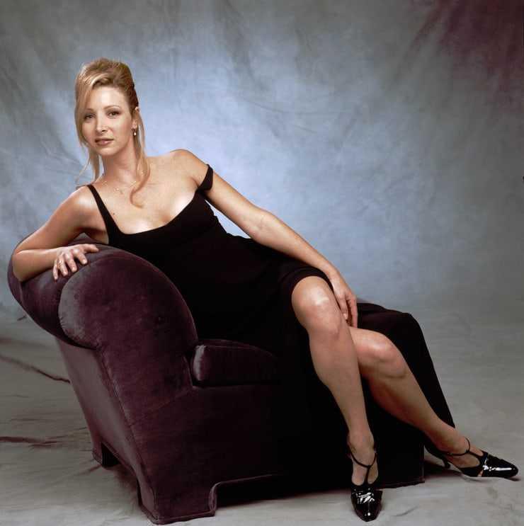 Lisa Kudrow tits pics