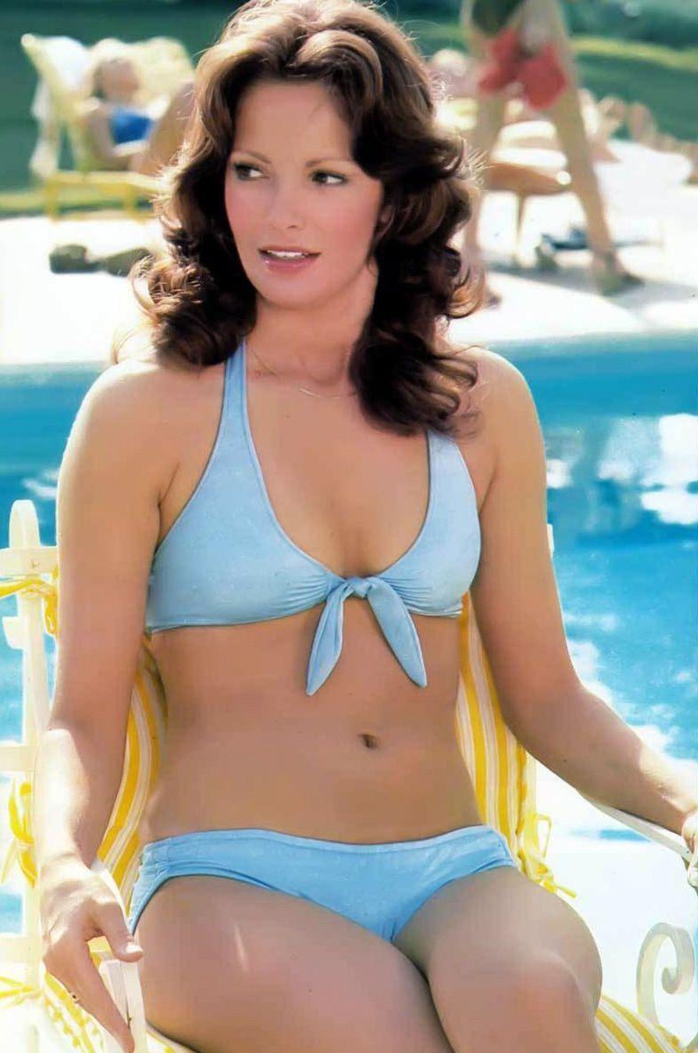 Lynda Carter sexy bikini pic