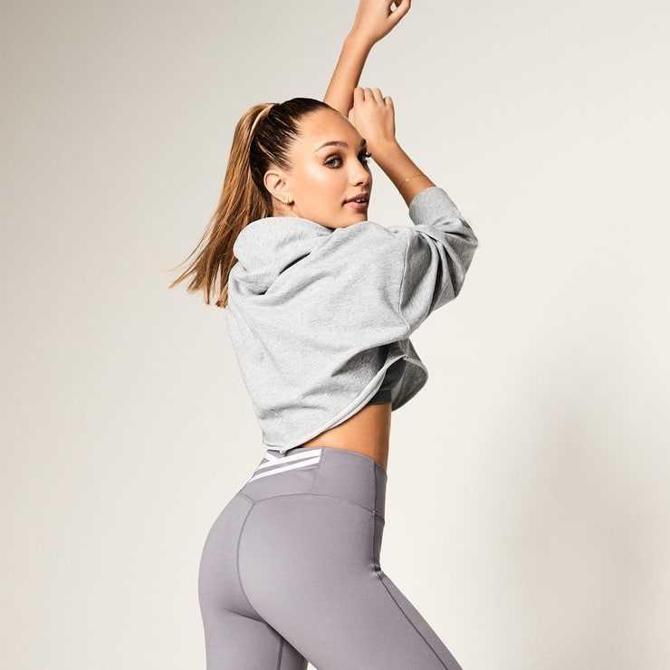 Maddie Ziegler sexy ass pic