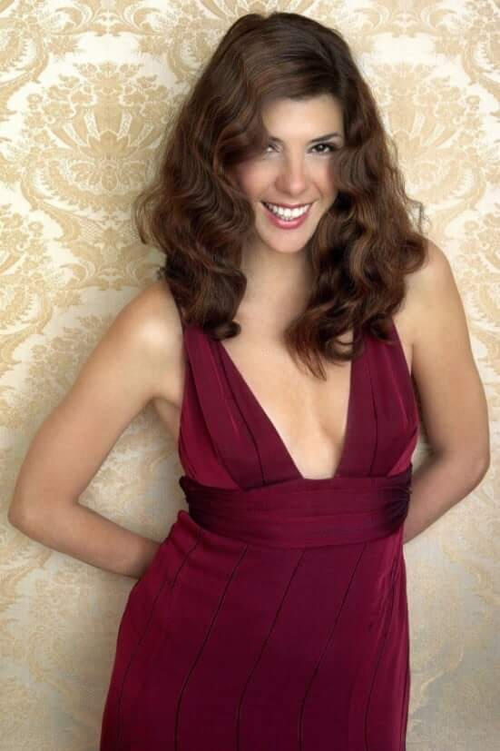 Marisa Tomei hot look