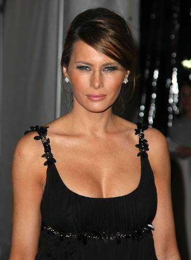 Melania Trump cleavage pic