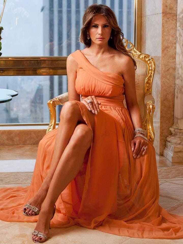 Melania Trump sexy feet pic