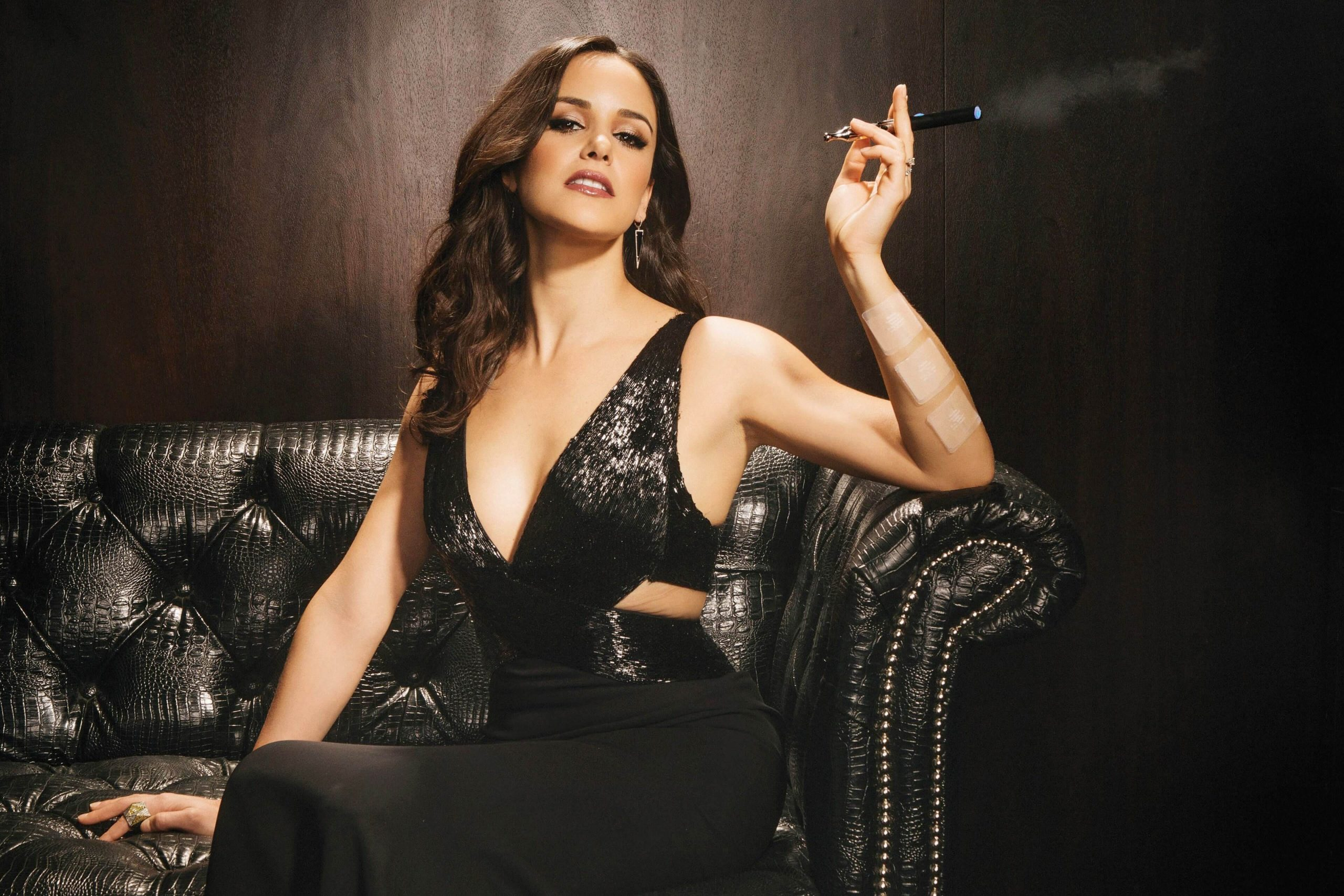 Melissa Fumero hot photo