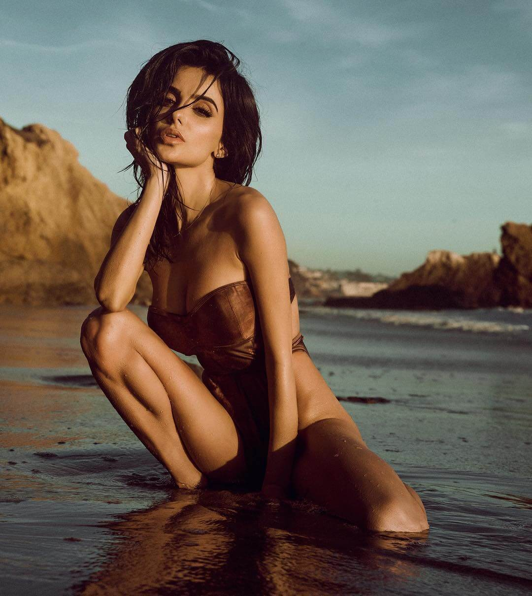 Mikaela Hoover sexy lingerie pics