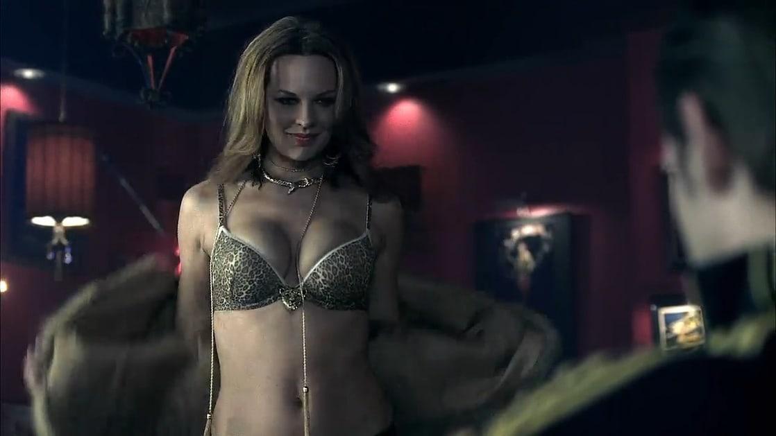 Natasha Alam big boobs pics