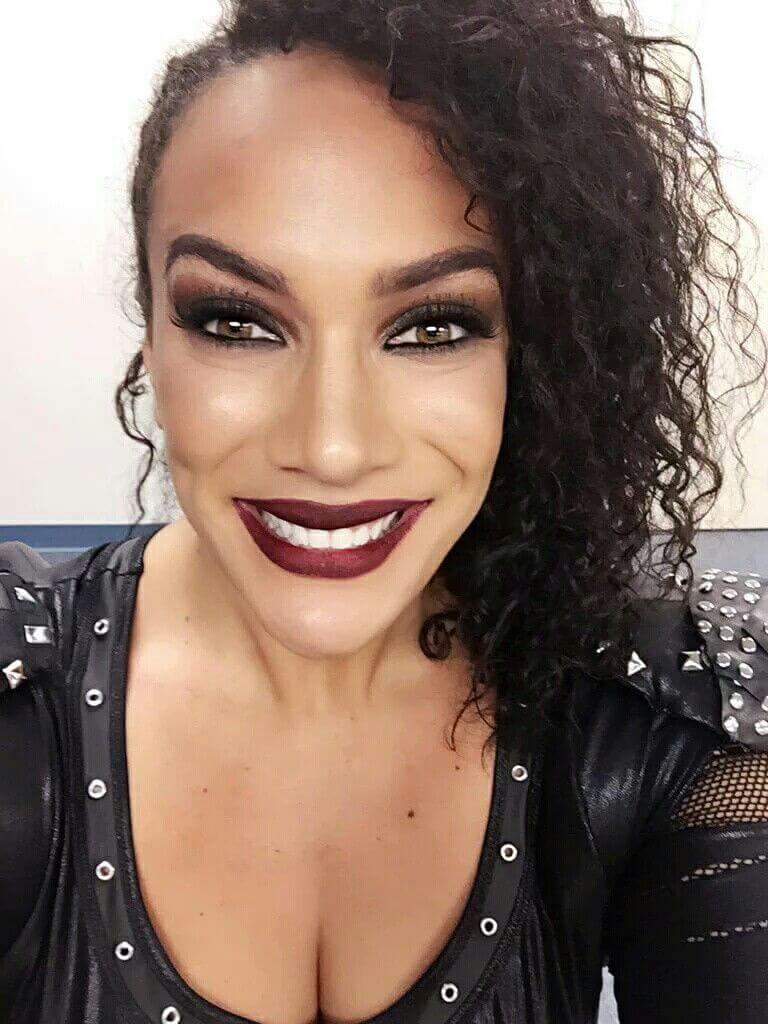 Nia Jax sexy cleavage pics