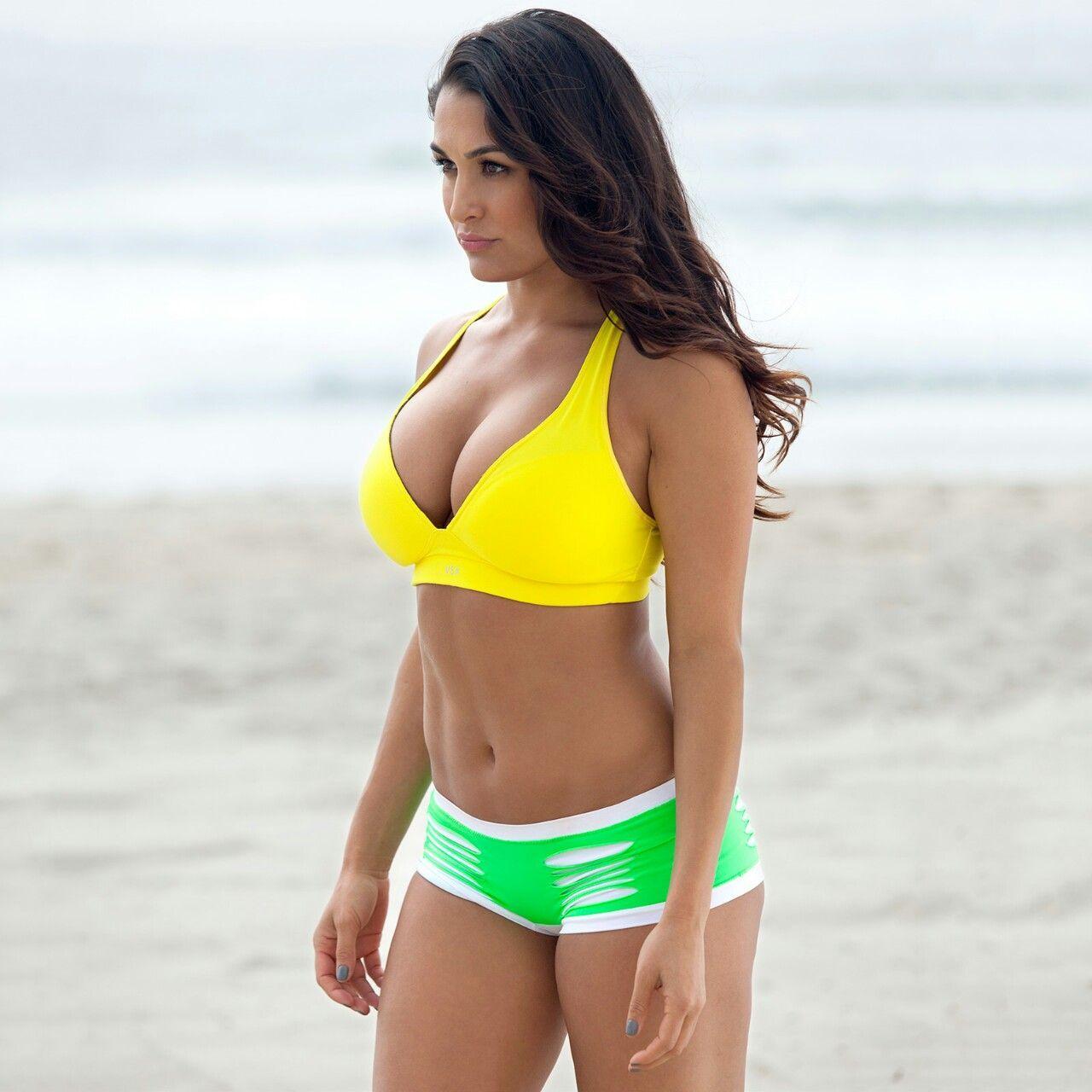 Nikki Bella sexy look