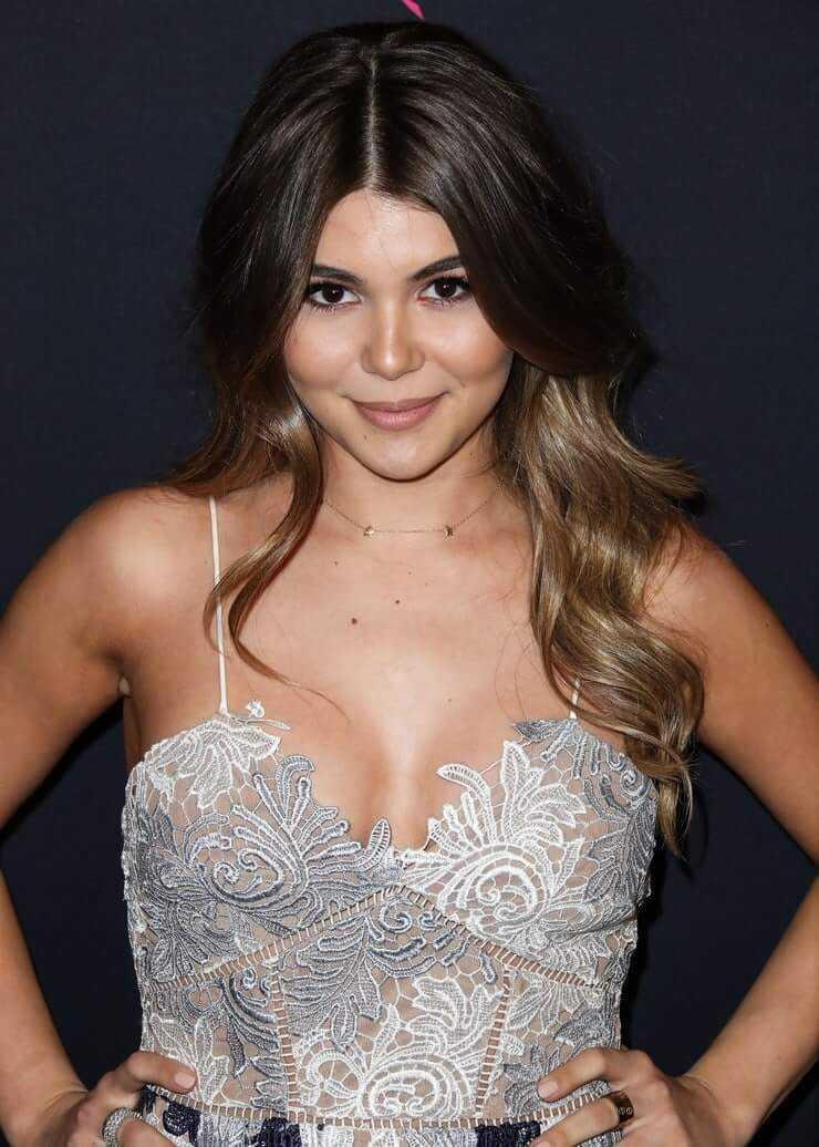 Olivia Jade Giannulli big boobs pics