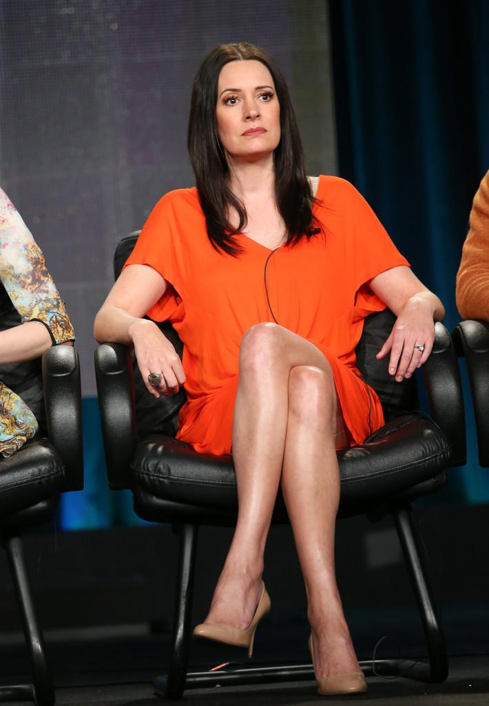 Paget Brewster sexy legs pic
