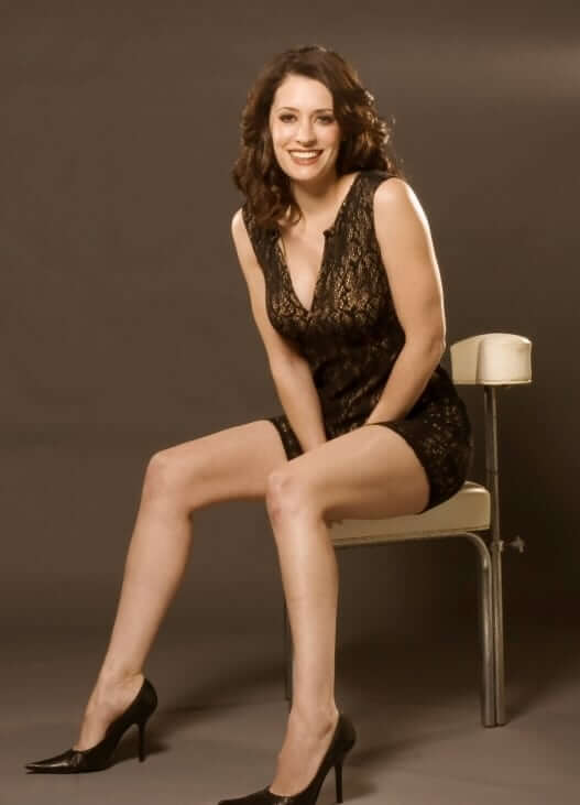Paget Brewster sexy pic
