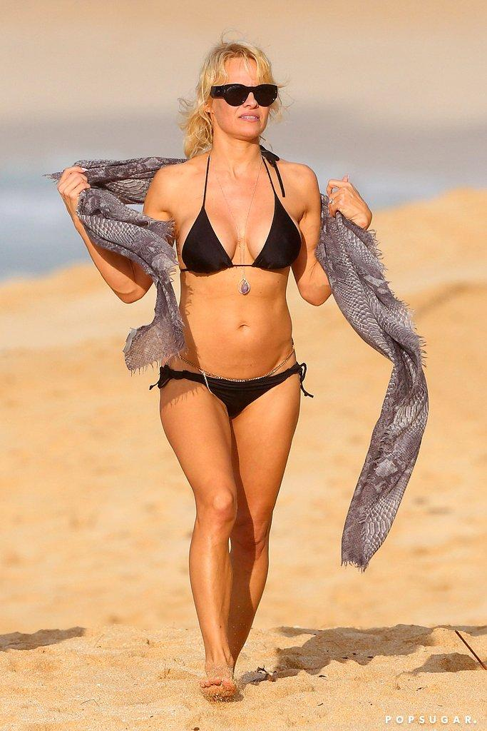 Pamela Anderson sexy pictures