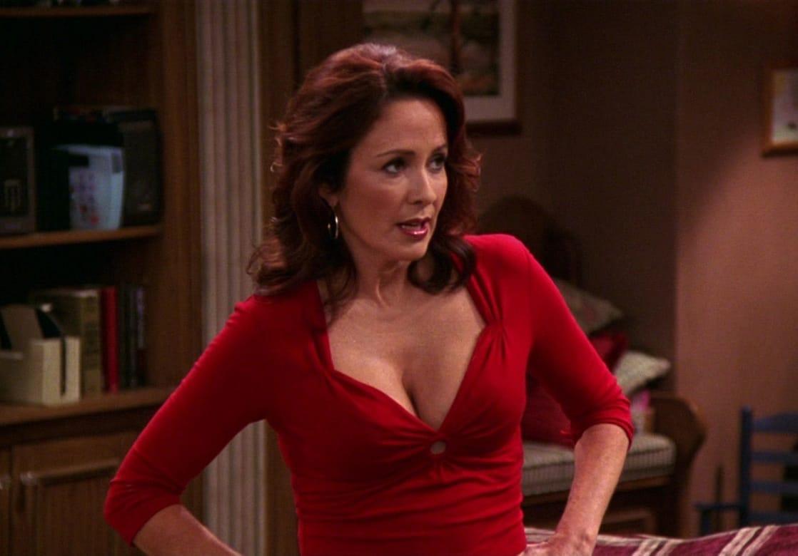 Patricia Heaton cleavage pic
