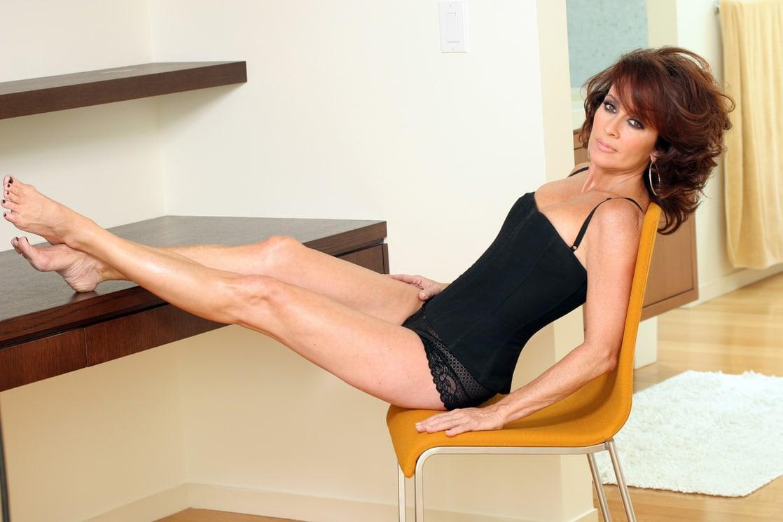 Patricia Heaton hot look