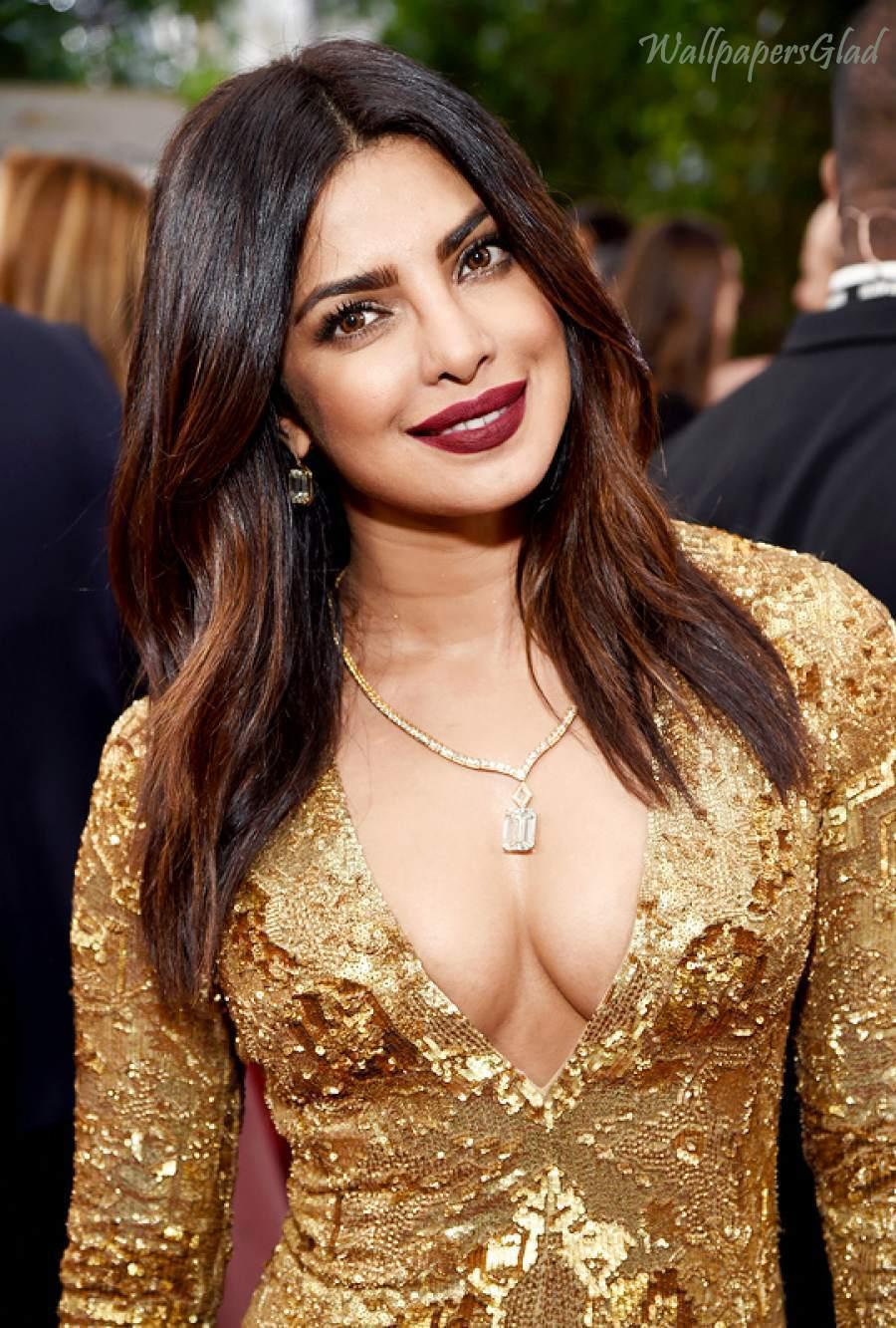Priyanka Chopra hot photo