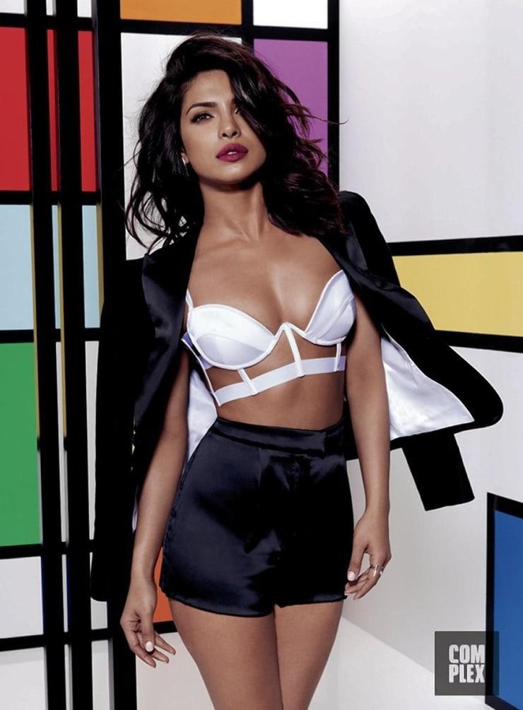 Priyanka Chopra sexy pic