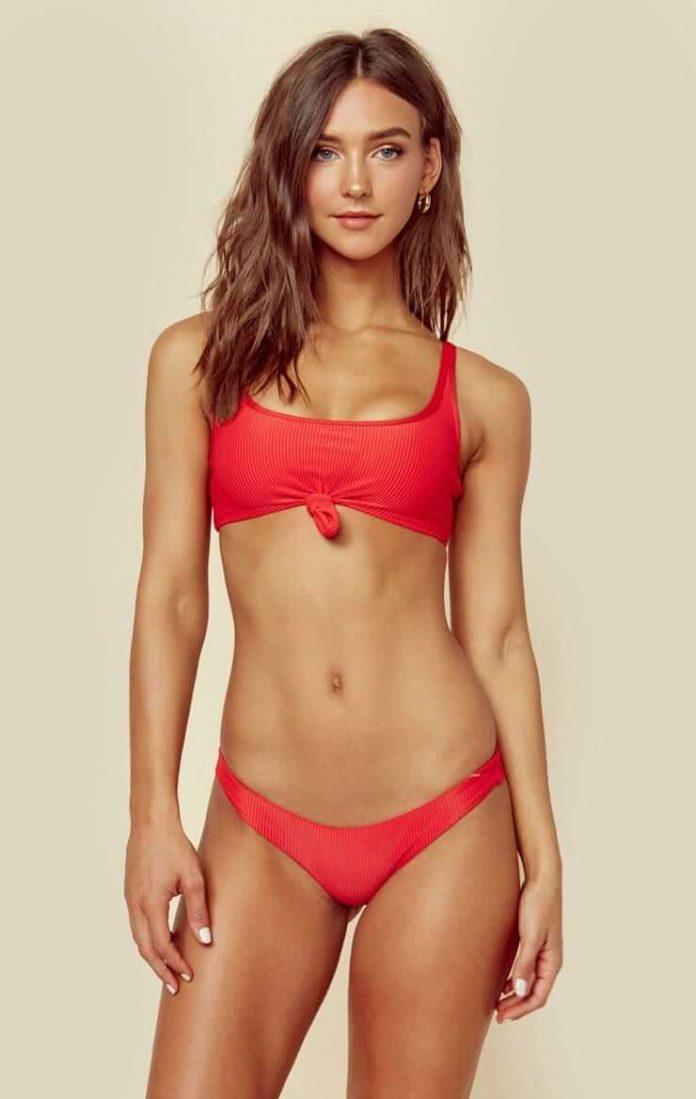 Rachel Cook red bikini pics