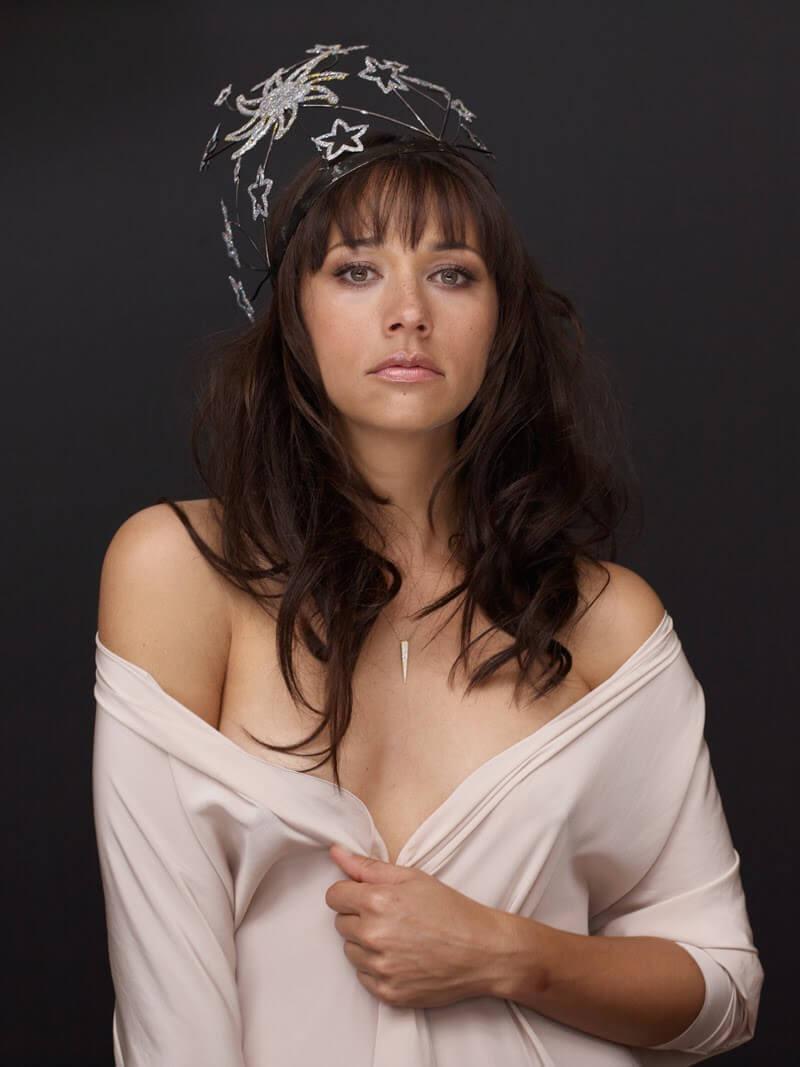 Rashida Jones sexy pics