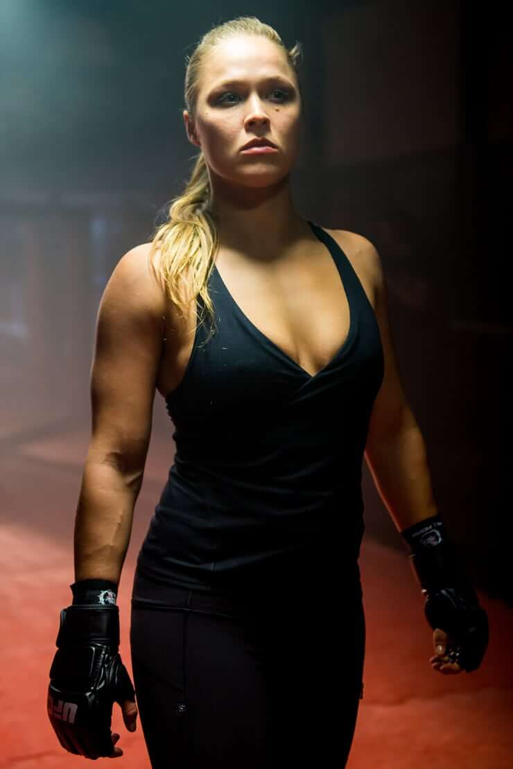 Ronda Rousey sexy cleavage pic