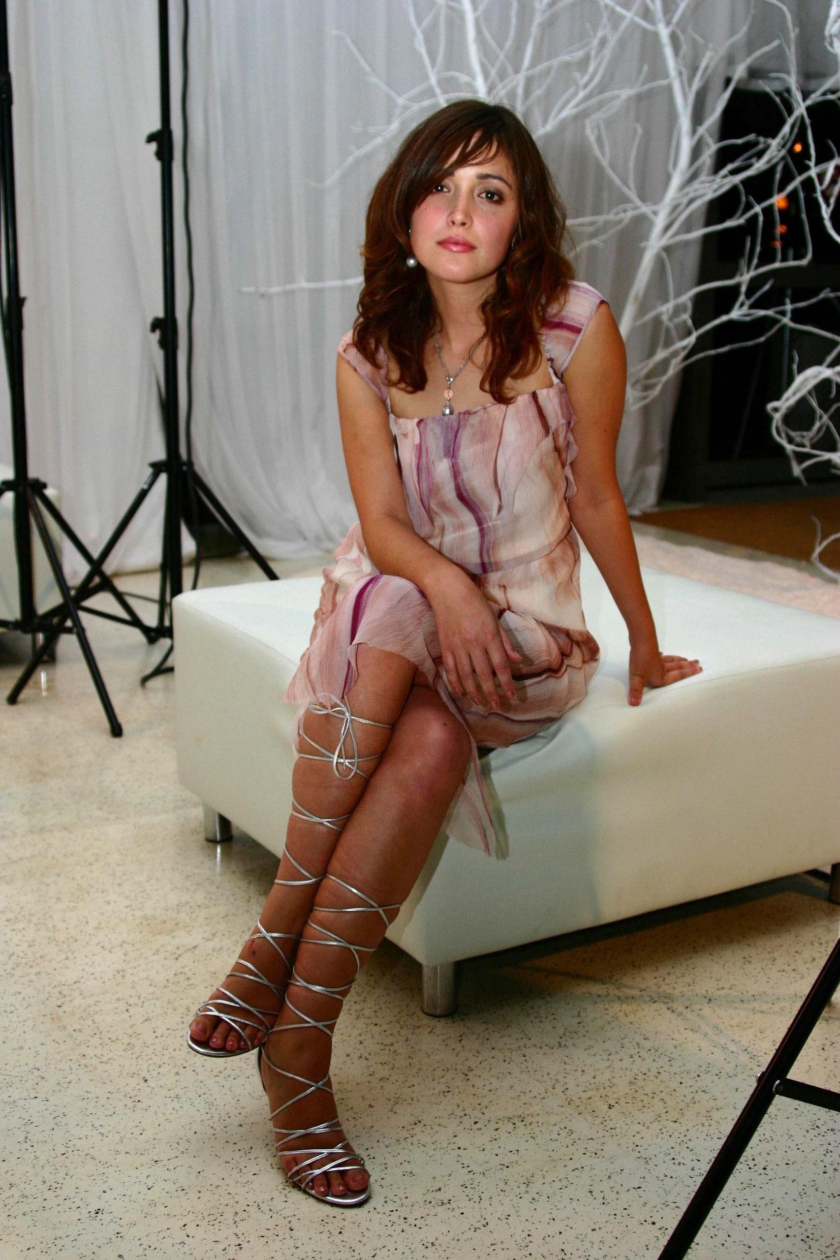 Rose Byrne hot lingerie pics