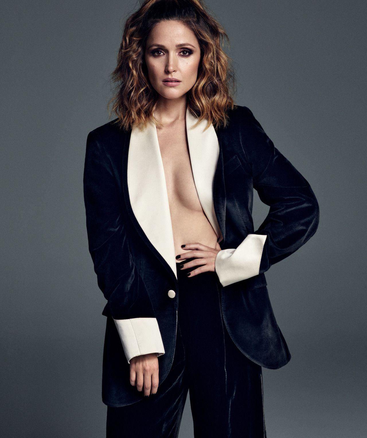 Rose Byrne sexy side boobs pics