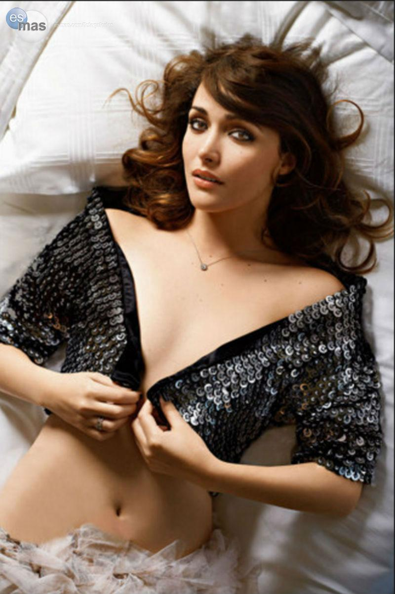 Rose Byrne tits pictures