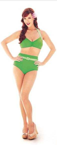 Sara Rue hot bikini pics