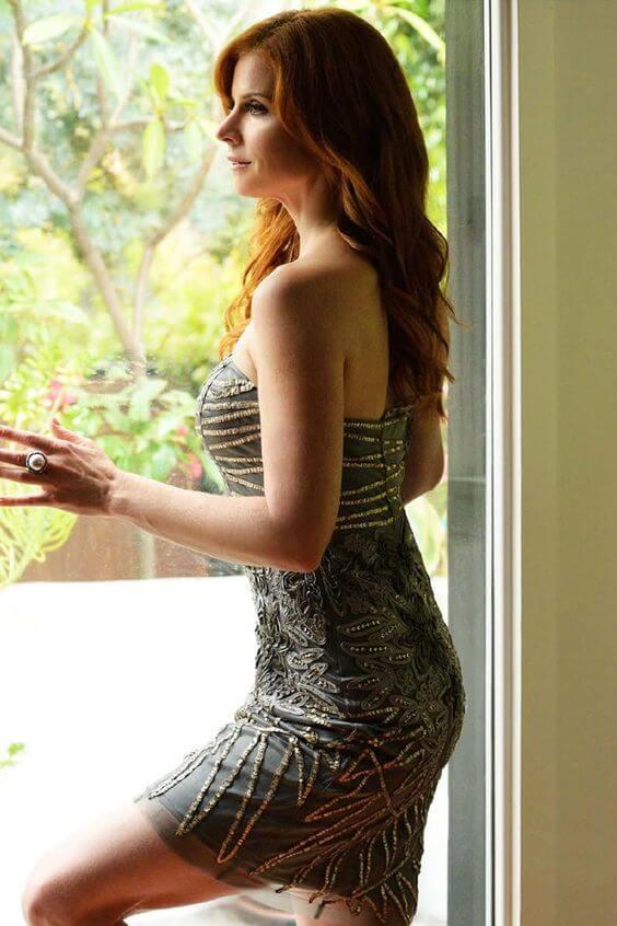 Sarah Rafferty sexy butt pics
