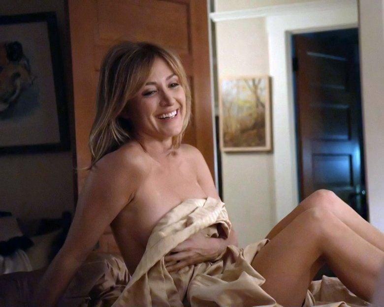 Sasha Alexander topless pics
