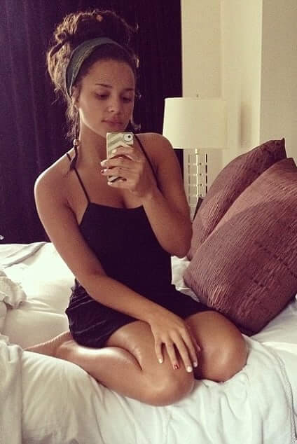 Sasha Lane thigh pics