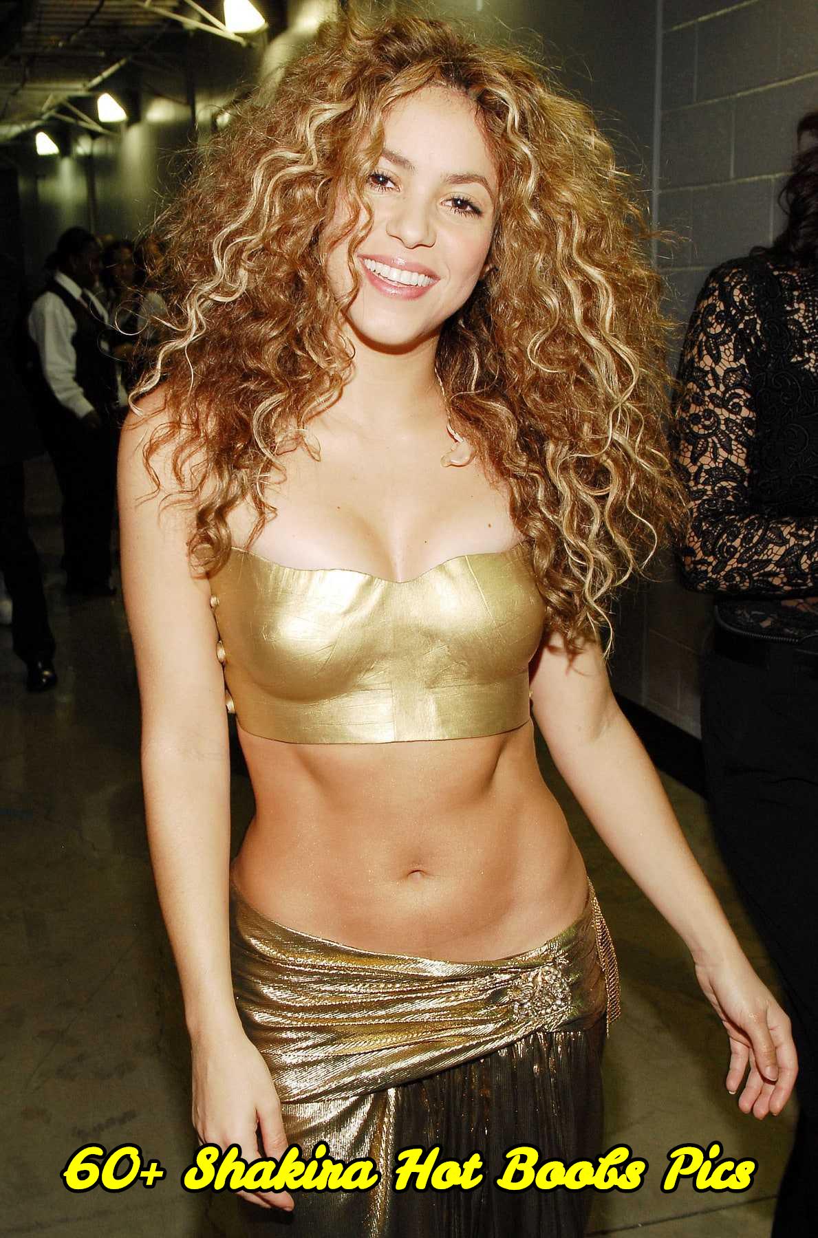 Shakira hot boobs pics