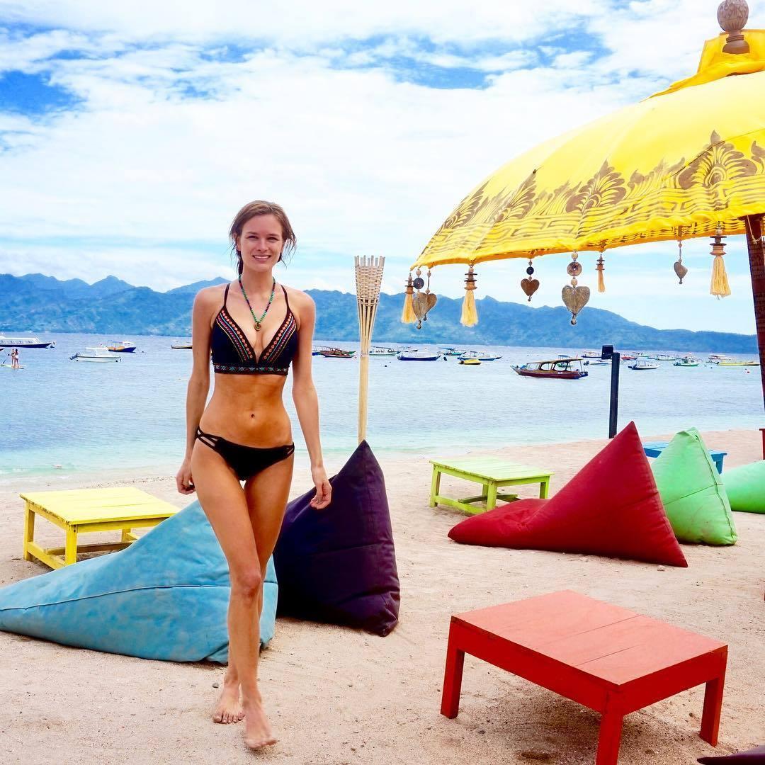 Stephanie Danielson bikini pics