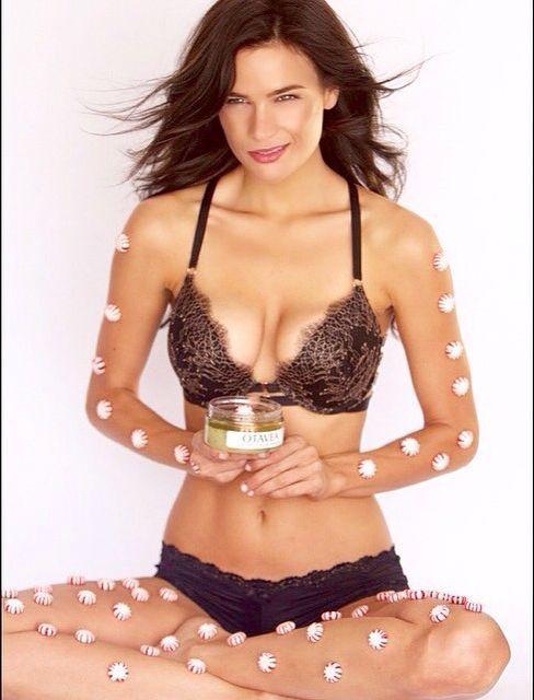 Stephanie Danielson hot bikini pics