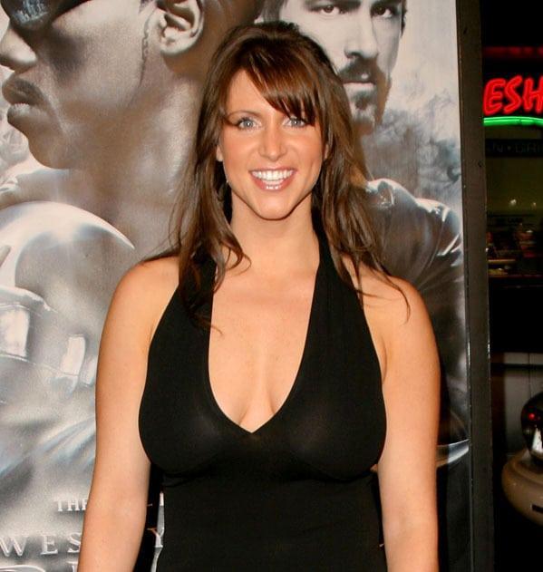 Stephanie McMahon hot pics
