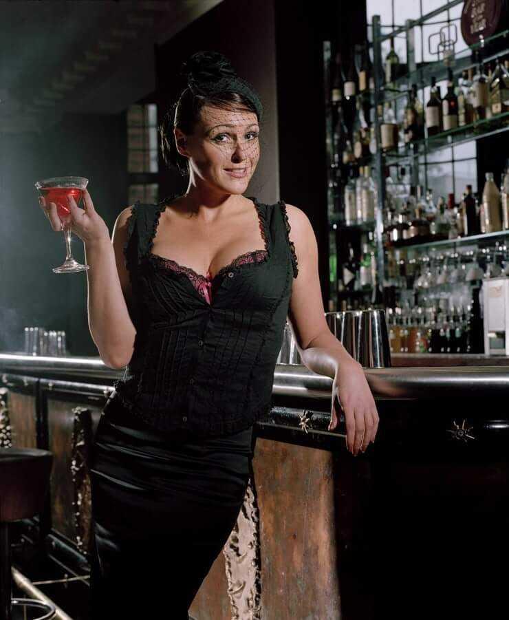 Suranne Jones hot look pic (2)