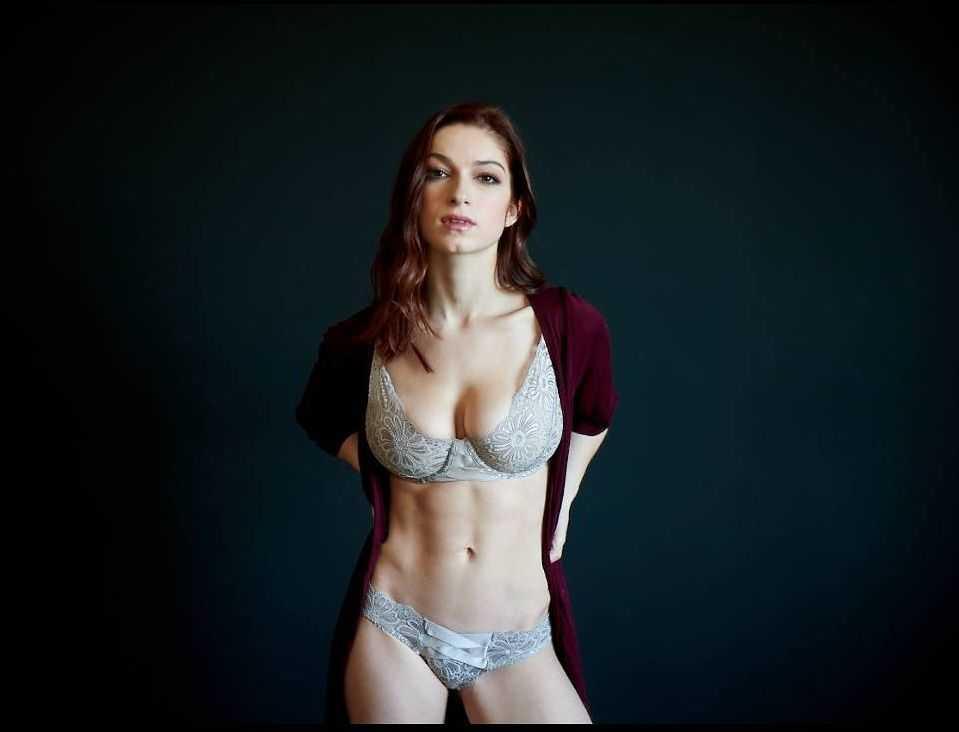 nackt Meyer Sydney 41 Sexiest