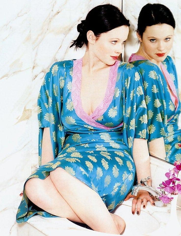 Thora Birch beautiful pics