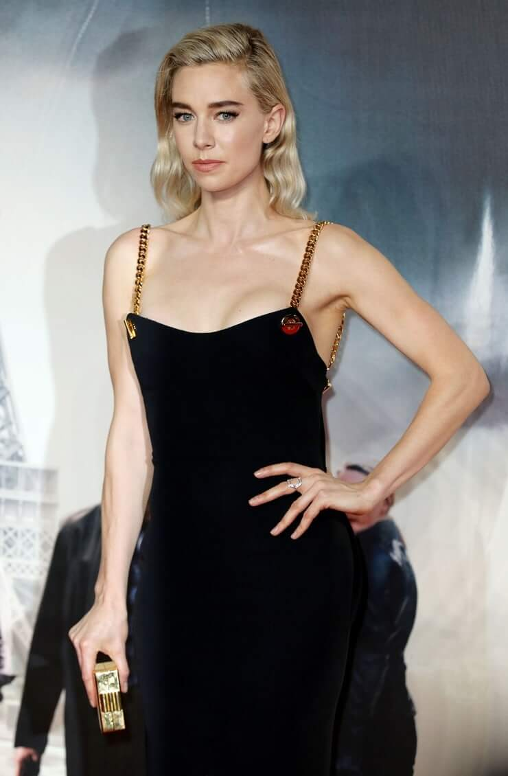 Vanessa Kirby hot pictures