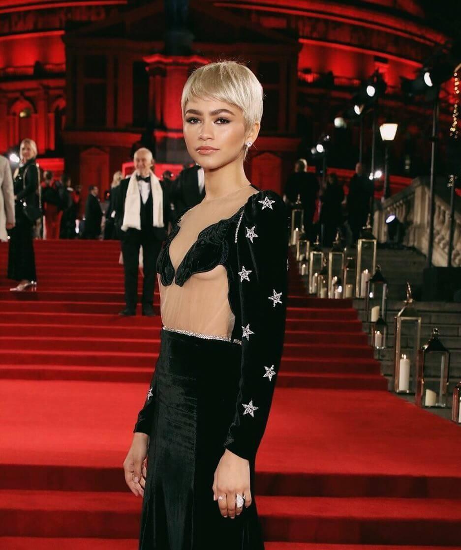 Zendaya hot look