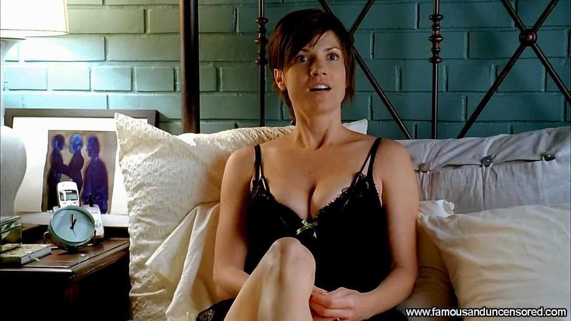 Zoe McLellan big boobs pics
